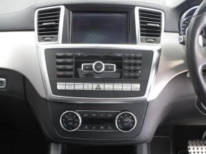 Mercedes-Benz ML 63 AMG - Image 8