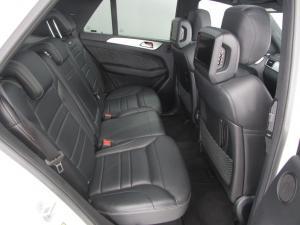 Mercedes-Benz ML 63 AMG - Image 9