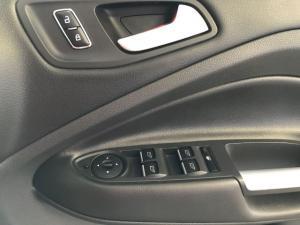 Ford Kuga 2.0TDCi AWD Titanium - Image 14