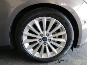 Ford Focus 1.5 Ecoboost Trend automatic 5-Door - Image 4
