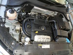 Volkswagen Tiguan 1.4 TSi B/MO TREN-FUN - Image 17