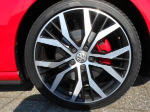 Volkswagen Golf VII GTi 2.0 TSI DSG - Image 9