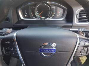 Volvo V60 CC D4 Momentum Geartronic AWD - Image 13