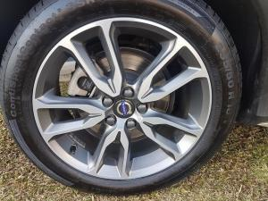 Volvo V60 CC D4 Momentum Geartronic AWD - Image 14