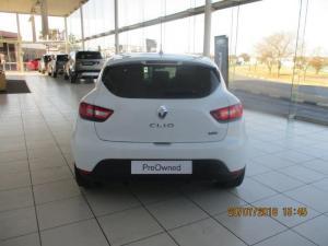 Renault Clio IV 900 T Expression 5-Door - Image 6