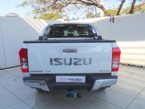 Isuzu KB 300D-Teq double cab LX auto - Image 6