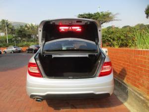 Mercedes-Benz C-Class sedan C250 BlueEfficiency Avantgarde - Image 5