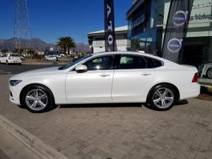 Volvo S90 D4 Momentum Geartronic - Image 4