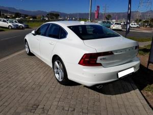 Volvo S90 D4 Momentum Geartronic - Image 5