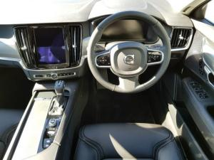 Volvo S90 D4 Momentum Geartronic - Image 9