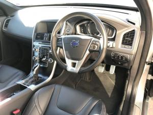 Volvo XC60 D4 R- Design Geartronic - Image 11