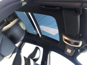 Volvo XC60 D4 R- Design Geartronic - Image 14
