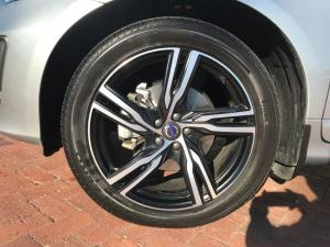 Volvo XC60 D4 R- Design Geartronic - Image 15