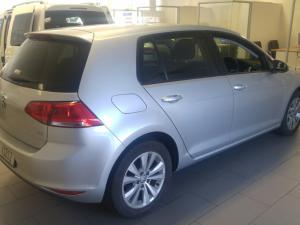 Volkswagen Golf VII 2.0 TDI Comfortline - Image 5
