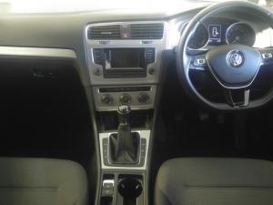 Volkswagen Golf VII 2.0 TDI Comfortline - Image 6