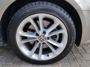 Volkswagen CC 2.0 TDI Bluemotion DSG - Image 2