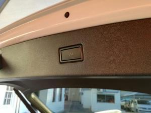 Volkswagen Tiguan Allspace 2.0 TDI Comfortline 4MOT DSG - Image 13