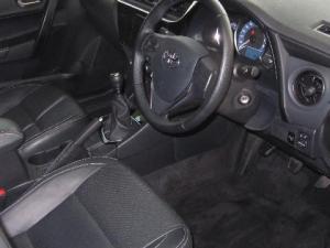 Toyota Corolla 1.4D Prestige - Image 11