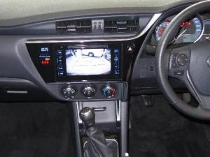 Toyota Corolla 1.4D Prestige - Image 13