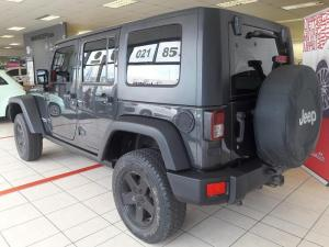 Jeep Wrangler 3.8 Unltd Rubicon automatic - Image 3