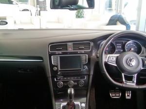 Volkswagen Golf VII GTi 2.0 TSI DSG Performance - Image 11