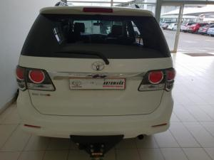 Toyota Fortuner 3.0D-4D Raised Body - Image 4