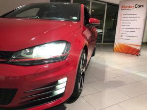 Volkswagen Golf VII GTi 2.0 TSI DSG - Image 15