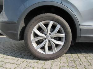 Volkswagen Tiguan 2.0 TDI Comfortline 4/MOT DSG - Image 2