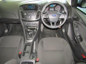Ford Focus 1.0 Ecoboost Ambiente 5-Door - Image 2