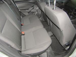 Ford Focus 1.0 Ecoboost Ambiente 5-Door - Image 6