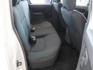 Nissan Hardbody NP300 2.4i HI-RIDERD/C - Image 10