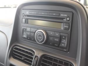 Nissan Hardbody NP300 2.4i HI-RIDERD/C - Image 14
