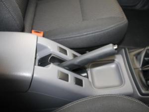 Nissan Hardbody NP300 2.4i HI-RIDERD/C - Image 16