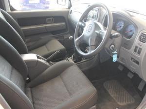Nissan Hardbody NP300 2.4i HI-RIDERD/C - Image 19
