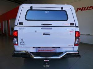 Toyota Hilux 4.0 V6 double cab 4x4 Raider Legend 45 - Image 6