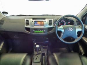 Toyota Hilux 4.0 V6 double cab 4x4 Raider Legend 45 - Image 8