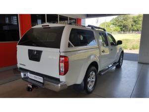 Nissan Navara 2.5dCi double cab 4x4 LE - Image 4