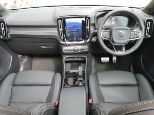 Volvo XC40 D4 AWD R-Design - Image 11