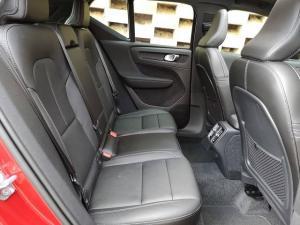 Volvo XC40 D4 AWD R-Design - Image 15