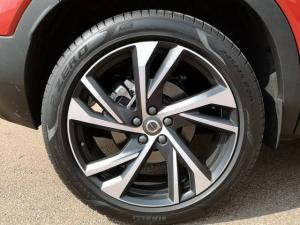 Volvo XC40 D4 AWD R-Design - Image 7