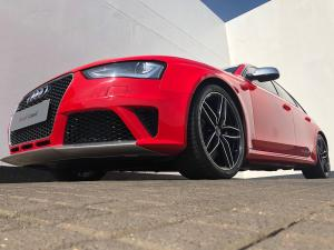 Audi RS 4 Avant Quatt Stronic - Image 2
