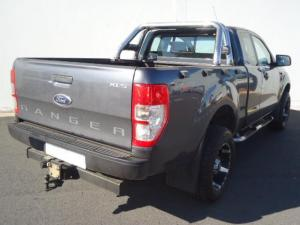 Ford Ranger 3.2TDCi XLS 4X4 automaticSUP/CAB - Image 2