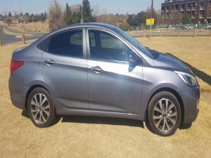 Hyundai Accent 1.6 GLS/FLUID - Image 2