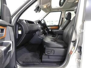 Land Rover Discovery 4 3.0 TDV6 HSE - Image 16