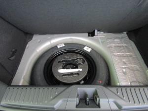 Ford Fiesta 1.0 Ecoboost Titanium automatic 5-Door - Image 2