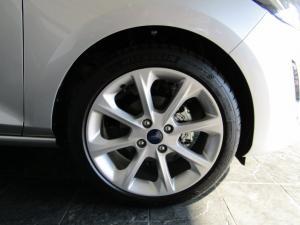 Ford Fiesta 1.0 Ecoboost Titanium automatic 5-Door - Image 6