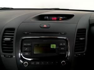 Kia Cerato 2.0 EX automatic 5-Door - Image 25