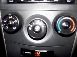 Toyota Corolla Quest 1.6 automatic - Image 14