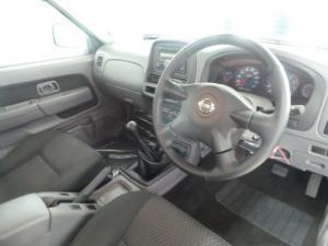 Nissan NP300 Hardbody 2.4 double cab Hi-rider - Image 5