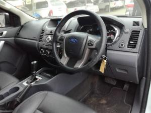 Ford Ranger 3.2TDCi XLT automaticD/C - Image 5